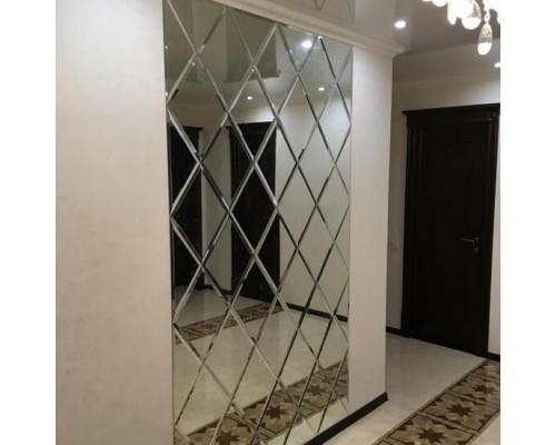 Зеркальное панно настенное в прихожую